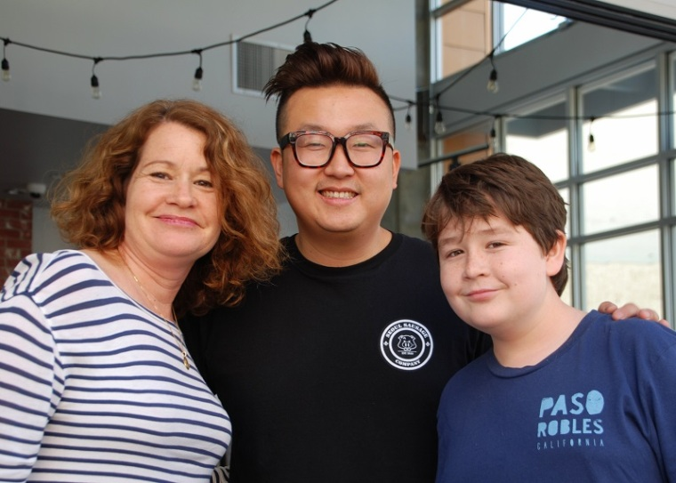 Yong Kim and fans