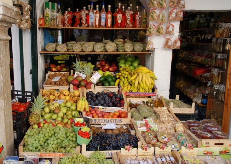 kerkyra-market-in-town